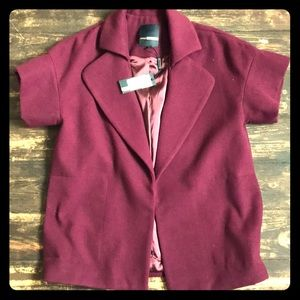 Adorable short sleeve coat